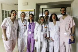 El primer día del proyecto Sonrisa Médica en Can Misses, en imágenes