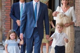 Bautizan en Londres al príncipe Luis, hijo de los duques de Cambridge