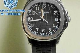 Detenidos cuatro jóvenes en Sant Antoni por el robo de dos relojes de lujo