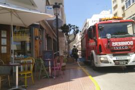 Bar Project Social donde se originó el incendio y efectivo de los bomberos
