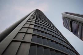 Linde y Alonso, del Banco de España, denunciados por un presunto delito por la Torre Foster