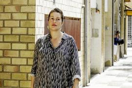 Silvia Tur defiende su actuación y la del Consell en la gestión del bolsín de bomberos