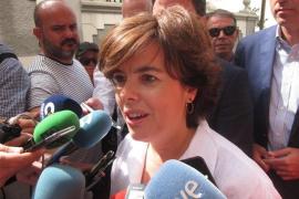 Sáenz de Santamaría quiere colocar el partido en el «centro derecha»