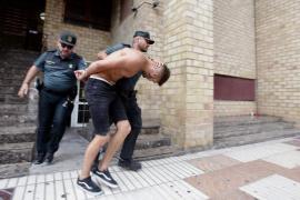 Prisión provisional sin fianza para el detenido por la muerte de un joven a puñetazos en Sant Antoni