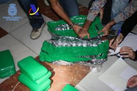 La policía de Eivissa interviene en Valencia 213 kilos de cocaína camuflados entre alcachofas