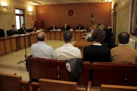 El dueño de «El Club» alega en el juicio que la música no superaba los 90 decibelios
