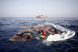 El Papa pide a la comunidad internacional que actúe ante los naufragios en el Mediterráneo