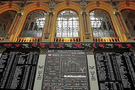 El Ibex 35 se deja un 2% arrastrado por la desconfianza en Italia
