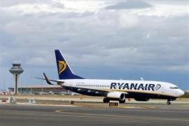 Cancelados 34 de 38 vuelos de Ryanair entre Ibiza y la Península con motivo de la huelga
