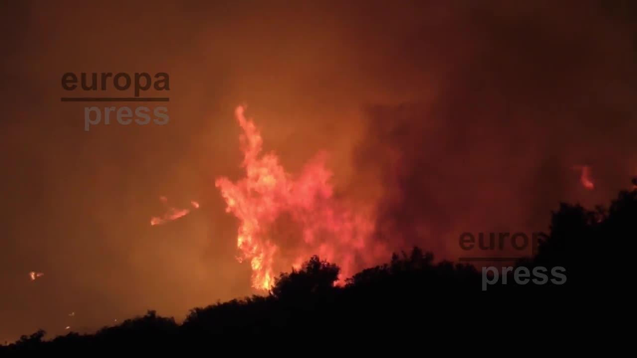 Al menos 79 muertos por los incendios en los alrededores de Atenas, según el último balance