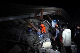 Ascienden a siete los muertos por la última  réplica del terremoto en Turquía