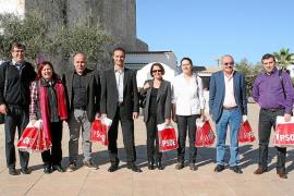 Los candidatos del PSOE, de campaña en Formentera
