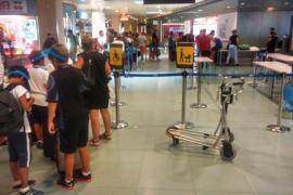 Salva Aguilera denuncia que el aeropuerto de Ibiza no tiene el acceso interislas