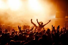 La música punk-electrónica-rock de Nou Renou, en el Maraca Club