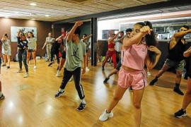 Los mejores profesores de baile dan clase en Ibiza