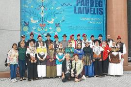 En Lituania ya conocen el 'ball pagès'
