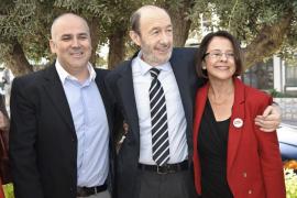 Rubalcaba en Eivissa: «La indiferencia no construye hospitales y la abstención no da becas»