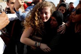 Israel pone en libertad a la adolescente palestina Ahed Tamim
