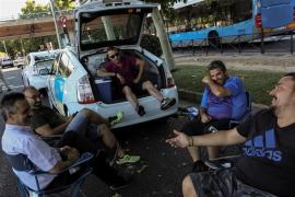 Los taxistas amenazan con reanudar la huelga en septiembre