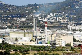 La central eléctrica de Ibiza necesita 300 toneladas diarias de agua para cumplir con los valores de emisión