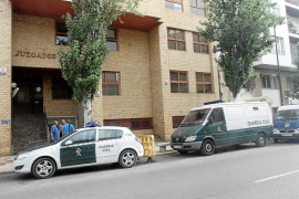 Un conductor deberá pagar 12.700 euros a la dueña de una tienda afectada por un accidente