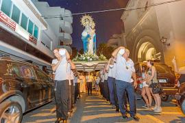 Tres días de adoración a la Virgen de las Nieves en la iglesia de Santa Cruz
