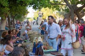 Festes de la Terra: Cientos de personas disfrutan de artesanía y 'ball pagès' en s'Alamera (Foto: Mohamed Chendri)