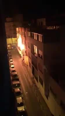 Desalojados vecinos de Ibiza por un pavoroso incendio en una vivienda