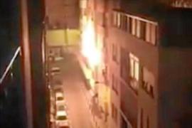 Varios vecinos desalojados de madrugada por un incendio en una vivienda de Vila
