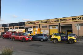 Dos intoxicados por una fuga de gases en una lavandería de Vila
