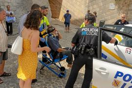 Dalt Vila se convierte en una ratonera de difícil acceso para muchos vehículos de emergencias