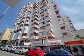 Un hombre fallece tras precipitarse desde un sexto piso en Sant Antoni