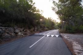Sant Josep instala reductores de velocidad y rehabilita caminos