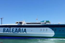 Tres pasajeros del ferri de Ibiza a Palma sufren un golpe de calor