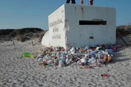 Basura en las playas de Campos