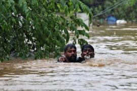 Las peores inundaciones en casi un siglo dejan 167 muertos en el estado indio de Kerala