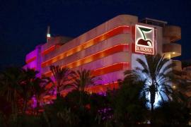 Denuncian al Hotel Pacha ante Inspección de Trabajo por vulnerar los tiempos de descanso del personal