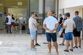 Las pruebas de policía local de Formentera empiezan entre el malestar de los aspirantes