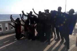 Policías y Guardias Civiles piden a Sánchez que proteja a los agentes en las fronteras