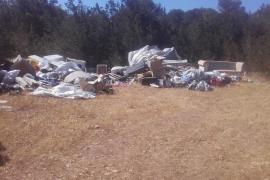 Sant Josep combate los vertidos incontrolados de residuos con 170 actuaciones en un año