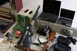 Prisión para cuatro miembros de una banda dedicada al robo en Formentera