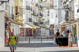 Pimeef se plantea elaborar una «huella del euro» para favorecer el consumo en el pequeño comercio