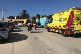 Dos heridas graves tras impactar un donut acuático contra un yate fondeado en Ibiza