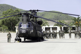 Las maniobras de seguridad de los militares del Regimiento de Infantería Palma 47, en imágenes (Fotos: Daniel Espinosa).