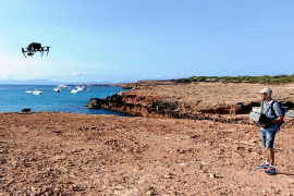 El uso de drones, clave en el control de presión del fondeo sobre el litoral