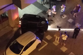Dos jóvenes dan positivo en drogas y alcohol tras un aparatoso accidente en Vila