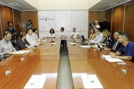 La Aetib se encargará de diseñar a través de 'big data' las futuras rutas aéreas a Ibiza