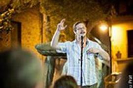 'Veus i versos. Duel de galls', poetas y glosadores se enfrentan en Can Alcover