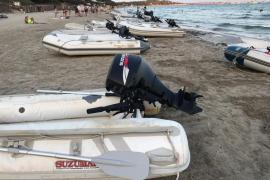 Denuncian que una empresa de alquiler de barcos utiliza como puerto la playa de ses Salines
