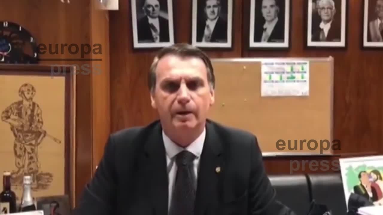 La operación del candidato presidencial brasileño Jair Bolsonaro culmina con éxito